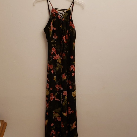 Hommage Dresses & Skirts - Hommage Maxi dress black floral with bird s